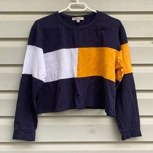 Gaze Color Block Long Sleeve Crop Top